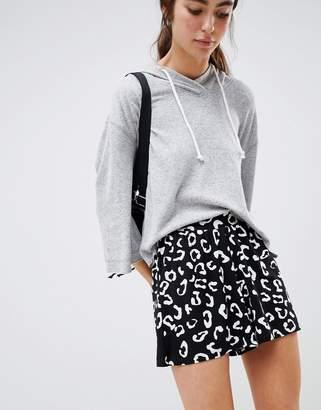 Asos Design DESIGN culotte short in mono animal print