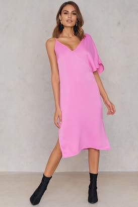 NA-KD Na Kd Asymmetric Shoulder Midi Dress