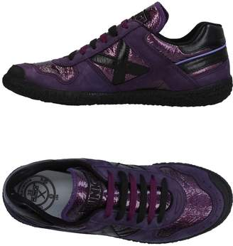 Munich Low-tops & sneakers - Item 11357138GX
