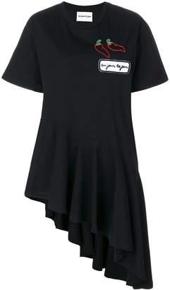 Au Jour Le Jour asymmetric hem patch T-shirt