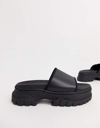 Asos Design DESIGN sliders in black with chunky sole