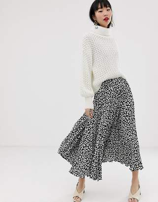 Asos Design DESIGN mono leopard print pleated satin midi skirt