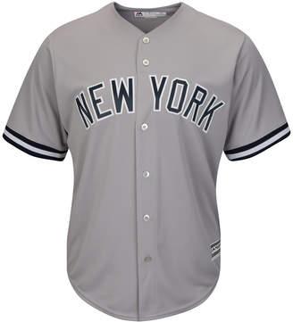Majestic Men New York Yankees Replica Jersey