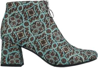Jeffrey Campbell Ankle boots - Item 11508680IV
