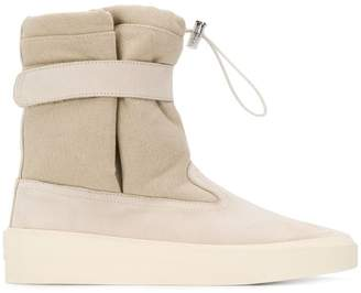 Fear Of God contrast snow boots