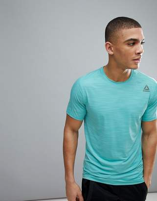 Reebok Training Activechill Move T-Shirt In Teal Cf7875