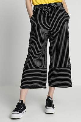 B.young Cropped Wide Pant