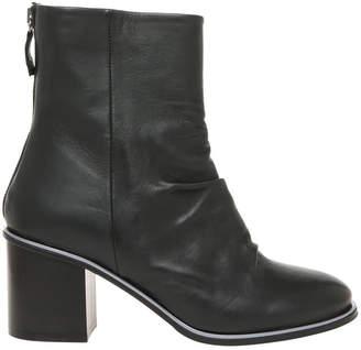 Julia Black Boot