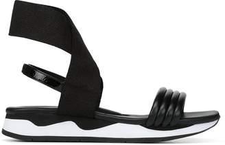 Donald J Pliner SHAYE, Nappa Leather Sandal