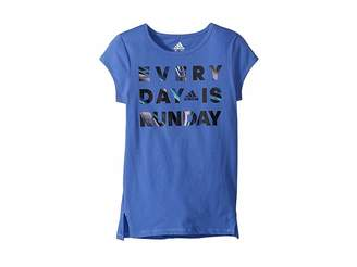 adidas Kids Short Sleeve Every Day Is Run Day Tee (Big Kids)