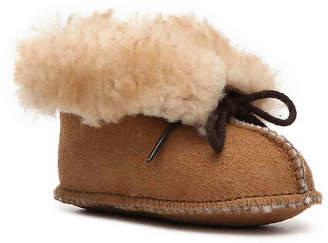 Minnetonka Genuine Sheepskin Infant & Toddler Boot - Girl's