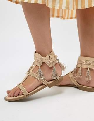 Missguided tassel Detail Flat Sandals
