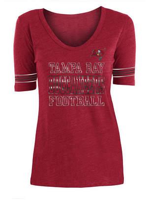 5th & Ocean Women's Tampa Bay Buccaneers Tri Blend Foil Sleeve Stripe T-Shirt