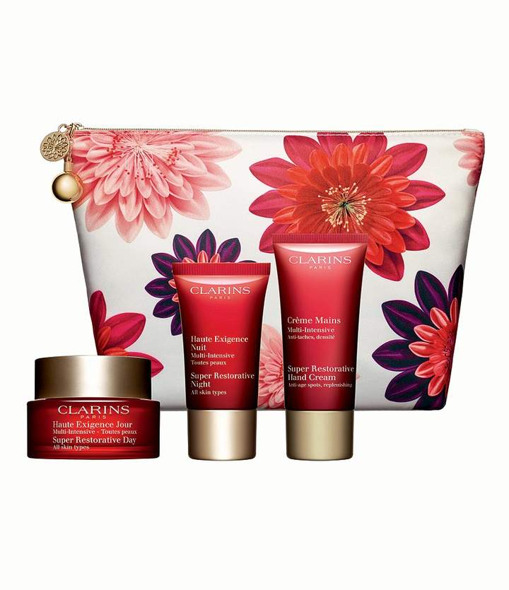 Clarins Super Restorative Age Fighters Skin Solutions Gift Set