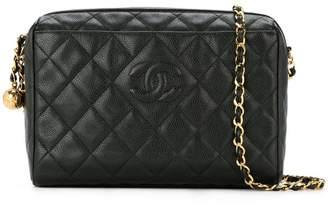 Chanel Pre-Owned quilted logo shoulder bag