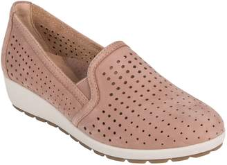 Earth R) Juniper Perforated Slip-On Wedge
