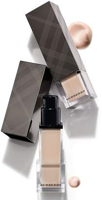 Burberry Fresh Glow Luminous Fluid Base