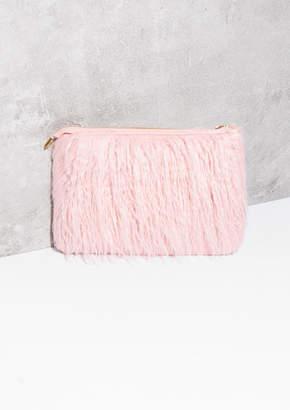 73aad4b73d63 Missy Empire Missyempire Carma Pink Shaggy Faux Fur Clutch Bag