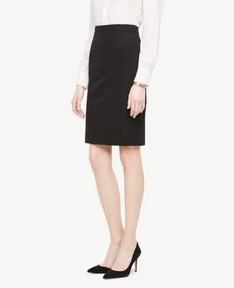 Ann Taylor Tall Seasonless Stretch Seamed Pencil Skirt