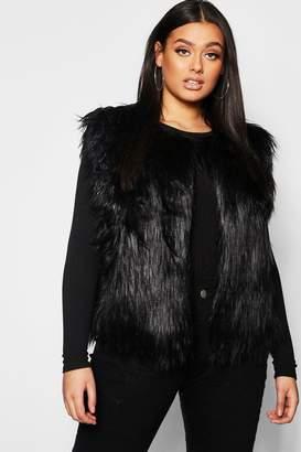 boohoo Plus Faux Fur Gillet