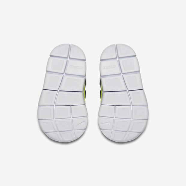 Nike Dynamo Free Print Infant/Toddler Shoe 7