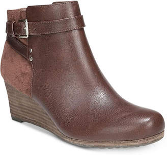 c366c5b7bae7 Id Browns Shoes - ShopStyle Canada