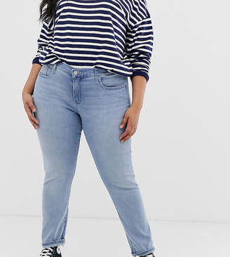 c06098ce538 Levi's Plus Size Jeans - ShopStyle UK