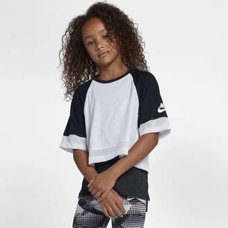 Nike Sportswear Big Kids' (Girls') Short-Sleeve Crop Top
