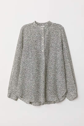 H&M Silk-blend blouse