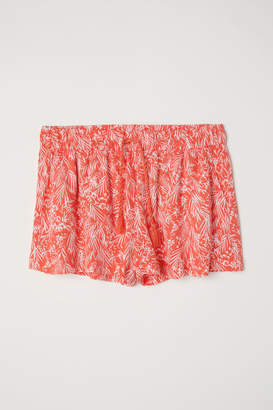H&M Patterned Shorts - Red