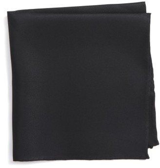 Men's Nordstrom Men's Shop Solid Silk Pocket Square $19.50 thestylecure.com