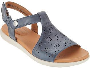 Clarks Leather T-Strap Sandals -Un Reisal Mae