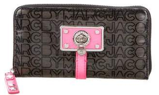 Marc by Marc Jacobs Logo Compact Wallet