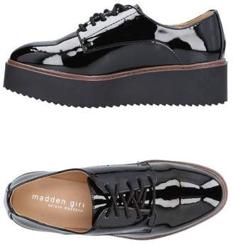 Madden-Girl Lace-up shoe