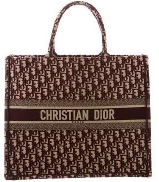 6e56629bff2 Christian Dior 2018 Oblique Book Tote