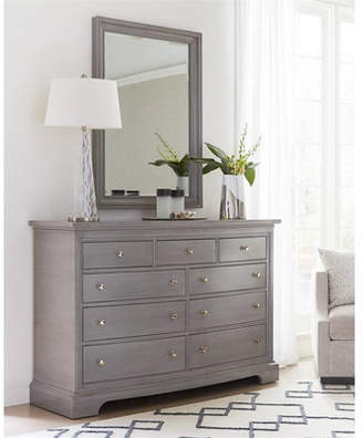 Stanley Transitional 9 Drawer Dresser