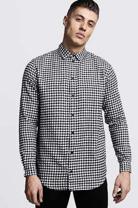 boohoo Longline Long Sleeve Mono Check Shirt