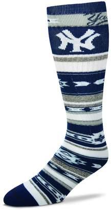 For Bare Feet Adult New York Yankees Tailgater Crew Socks