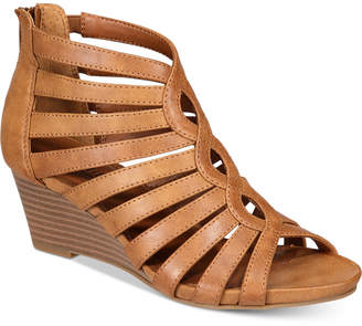 White Mountain Victoria Strappy Wedge Sandals Women's Shoes