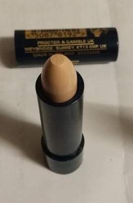 Max Factor Erace Cover Up Concealer Stick 07 Ivory by