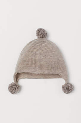 H&M Wool hat with pompoms