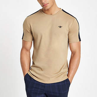 River Island Mens Brown slim fit wasp embroidered tape T-shirt