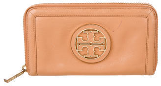 Tory Burch Tory Burch Continental Logo Wallet