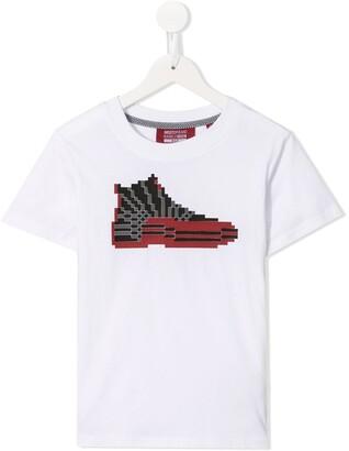 Mostly Heard Rarely Seen 8-Bit Jordan 12 print T-shirt