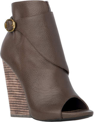 Max Studio evaline : open toe wedge booties