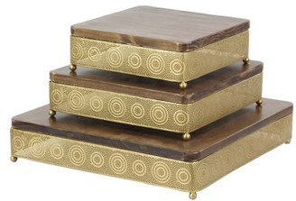 DecMode Decmode Set of 3 Traditional Fir Wood and Iron Pierced Design Square Gold Trays, Gold
