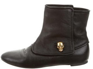 Alexander McQueen Alexander McQueen Leather Skull-Embellished Ankle Boots