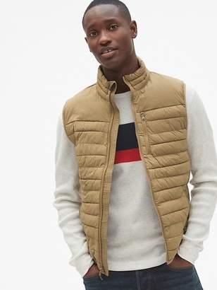 Gap Lightweight Stretch Puffer Vest