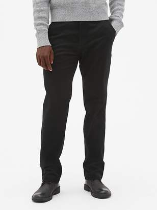 Gap Soft Wear Khakis in Straight Fit with GapFlex
