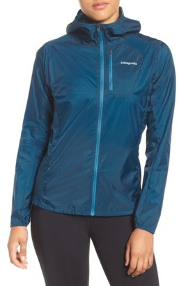Women's Patagonia Houdini Water Repellent Jacket $99 thestylecure.com
